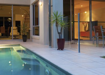 Benefits of including your pool with your new house plans